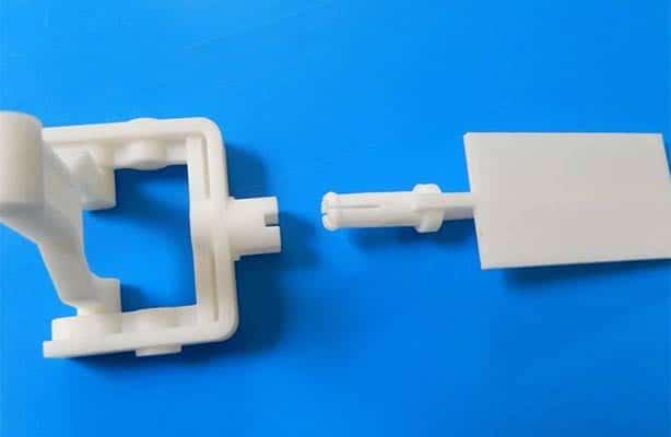 Grâce à l'impression 3D, disposez très rapidement et à coût abordable de prototypes qui vous permettront d'évaluer les fonctionnalités d'un objet